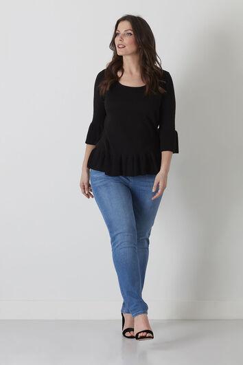 Trendiger Pullover mit Rüschen