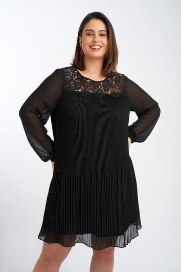 Plissee-Kleid mit Spitze