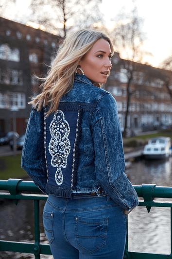 Jeansjacke mit Kunstperlen