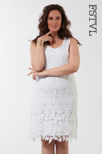 Einfarbiges Häkel-Kleid
