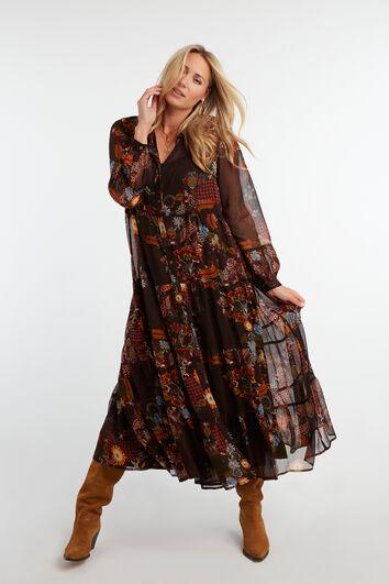 Langes halb-transparentes Kleid