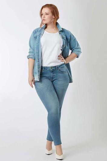 some,... A typ skinny jeans gebleicht