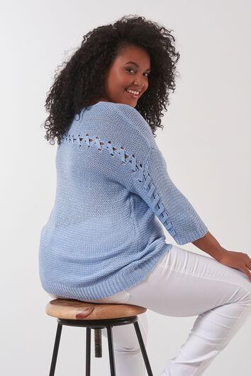Strick-Pullover mit Detail am Rücken