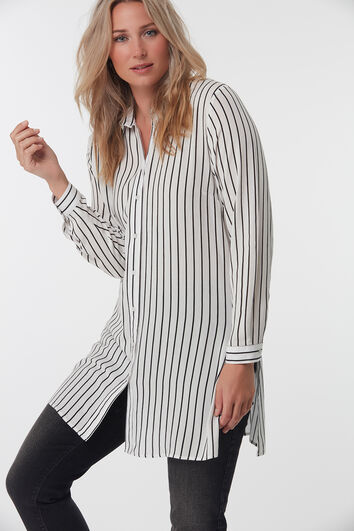 Lange, gestreifte Bluse