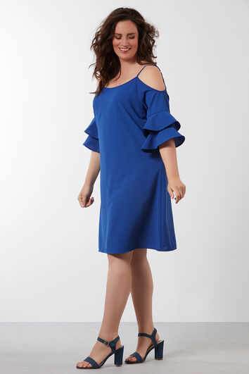 Einfarbiges Kleid mit offenen Schultern